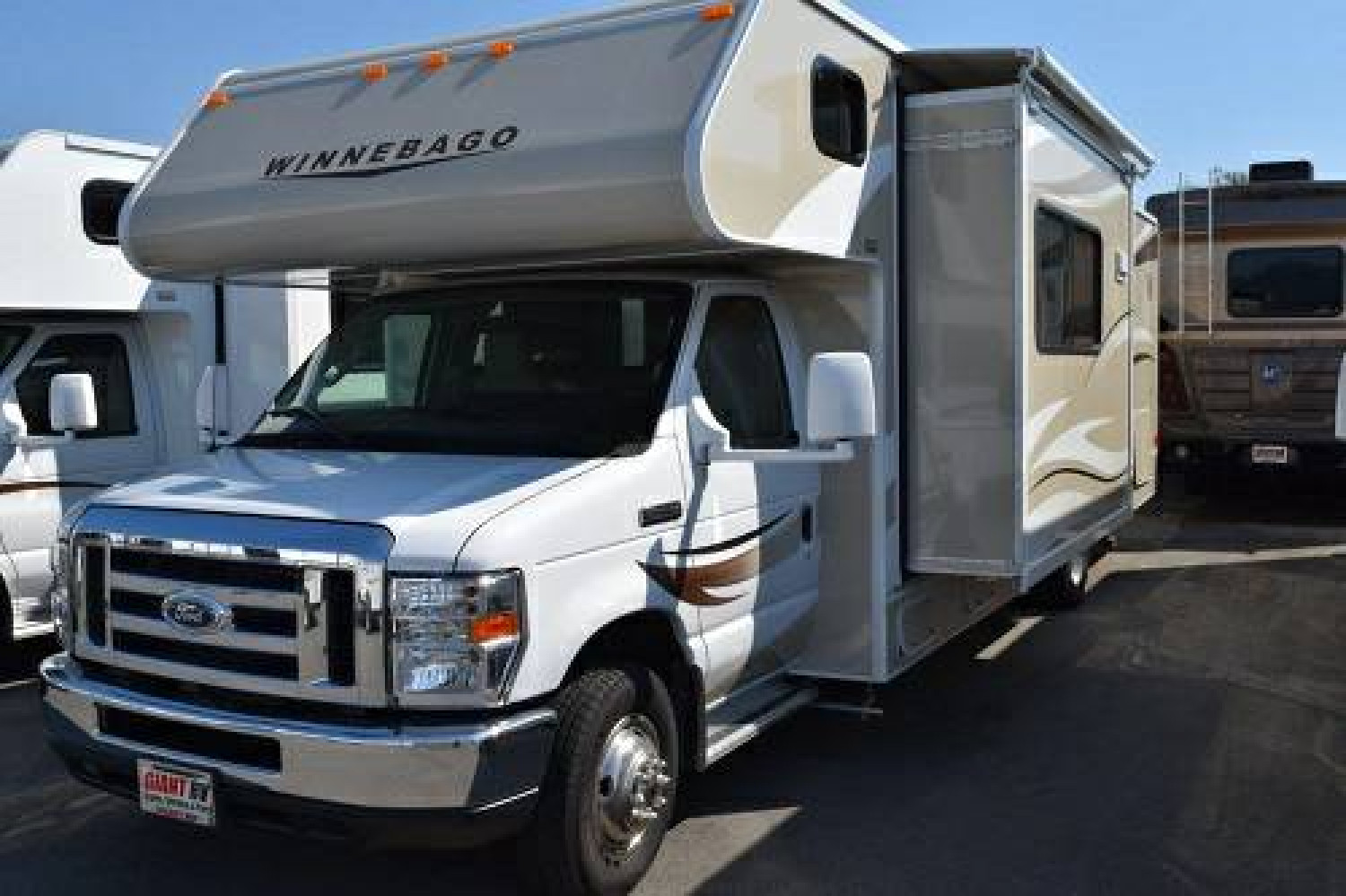 2016 31' Class C RV For Rent