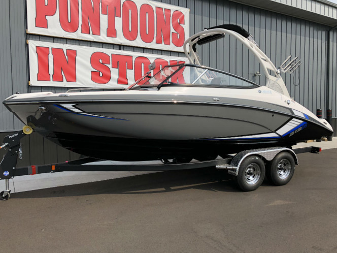 2019 Yamaha Wake Surf