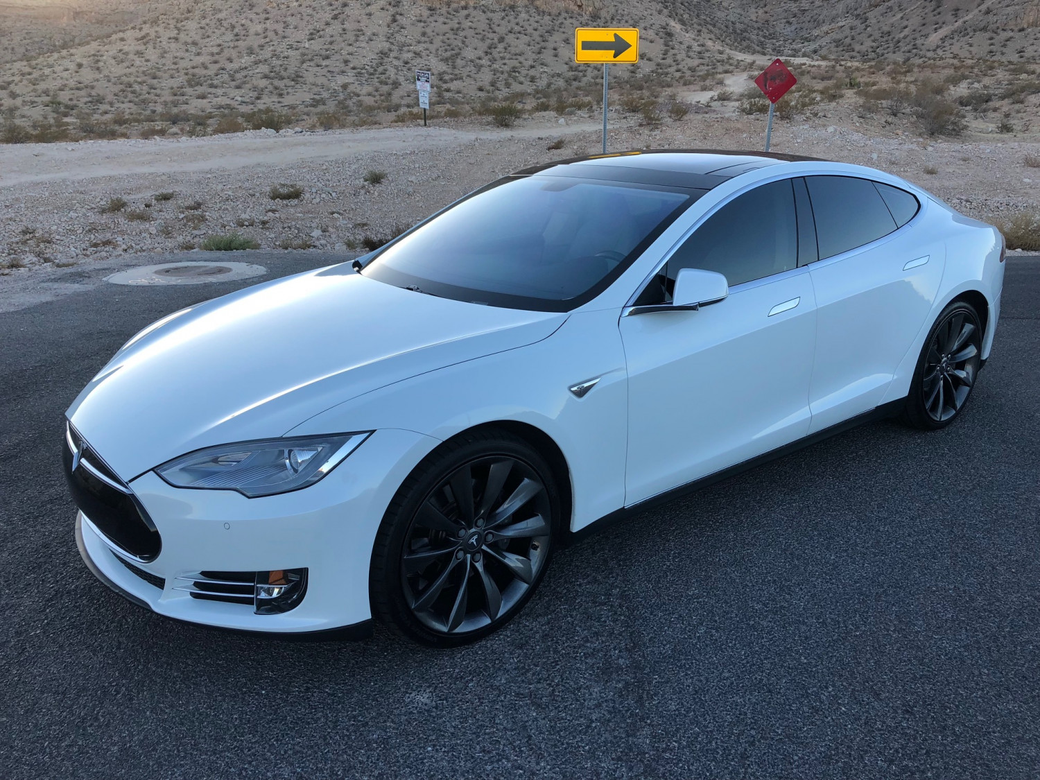 2014 Tesla Model S 85 Performance
